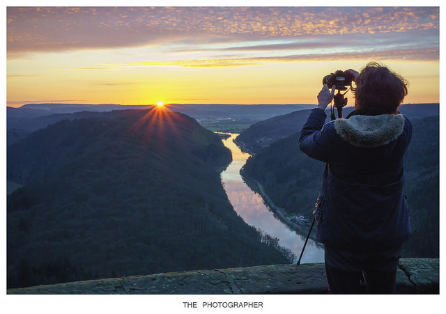 The Questions of The Art of Photography of Living
